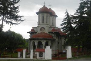 Biserica Sf. Ilie, Crucea de Piatră