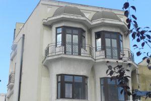 Къщата с Еркерите, Констанца