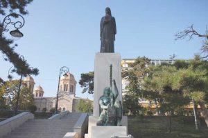 Статуя Кармен Силва, Констанца