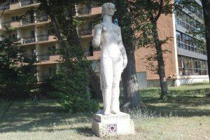 Statuia Fata la Mare, Constanța