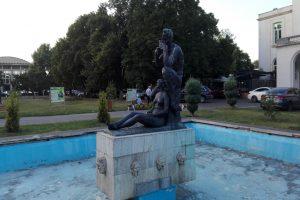Statuia Faun și Nimfă, Constanța