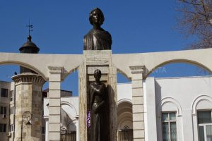 Статуята на Михай Еминеску, Констанца