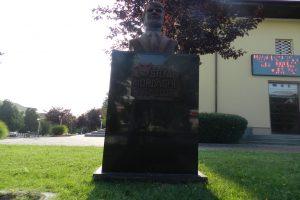 Bust Ștefan Iordache, Calafat