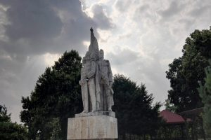 The Statue of the Buzești Brothers, Craiova