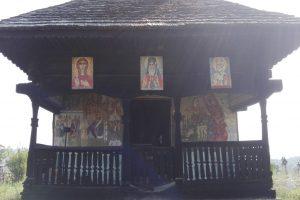"""Църквата """"Св. Калиник"""", Фънтъна Домняска"""