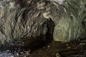 Peștera Băluța, Băluța