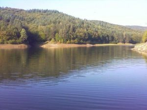 Barajul Srechenska Bar, Yagodovo