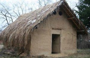 """Expoziție în Aer Liber """"Casa Neolitică"""", Telish"""