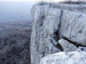 Listen Rooster Rock (Chuypetel), Gorna Oryahovitsa