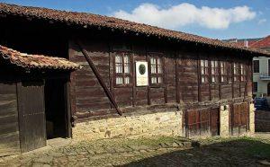 Daskalolivnitsa (Historical-Architectural Complex), Elena