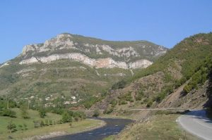 Ruta lui Botev: Vrața – Localitatea Iolkovitsa – Muntele Okolchitsa, Vrața